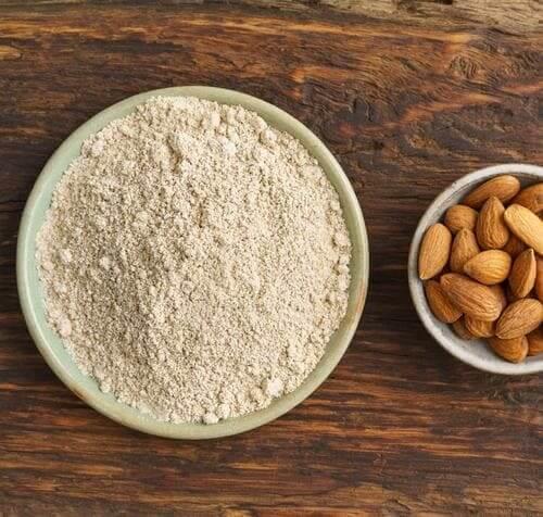 amande et cacahuète, différence, PB2